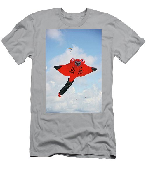 St. Annes. The Kite Festival Men's T-Shirt (Athletic Fit)
