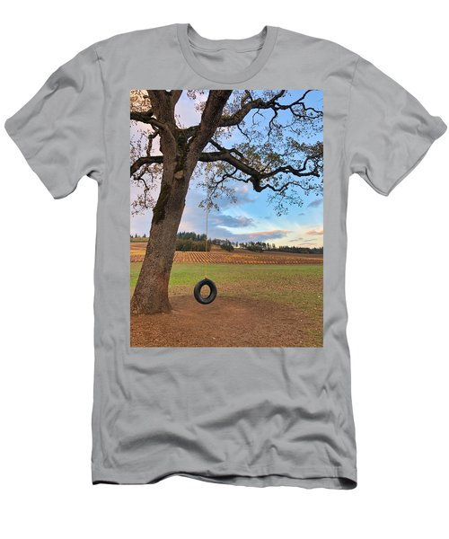Swing In Tree Men's T-Shirt (Athletic Fit)