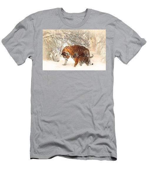 Tiger Family Men's T-Shirt (Athletic Fit)