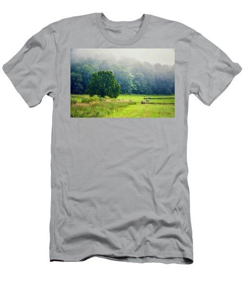 Virginia Men's T-Shirt (Athletic Fit)