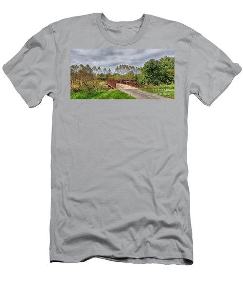 Walnut Woods Bridge - 3 Men's T-Shirt (Athletic Fit)