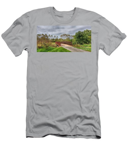 Walnut Woods Bridge - 3 Men's T-Shirt (Athletic Fit)