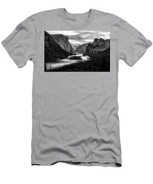 Yosemite Fog 1 Men's T-Shirt (Athletic Fit)