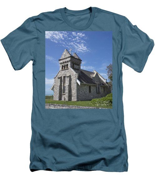 Church In New Zealand Men's T-Shirt (Slim Fit)