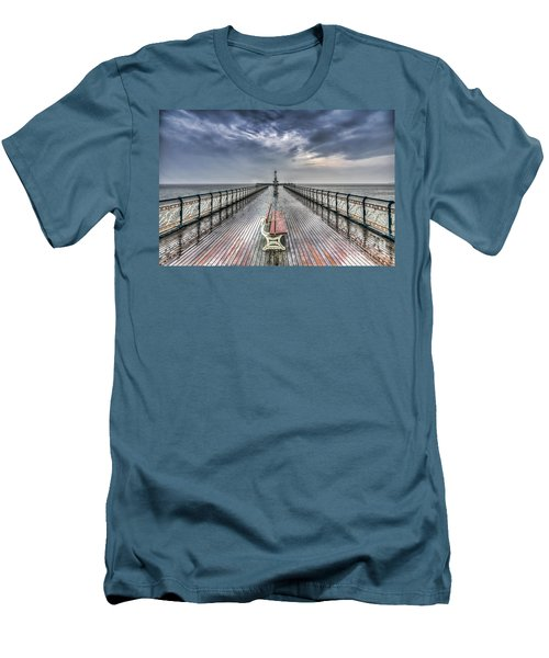 Penarth Pier 4 Men's T-Shirt (Slim Fit)