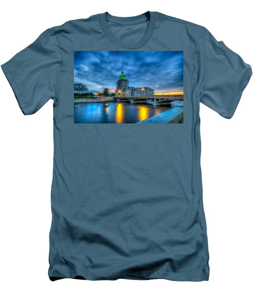 Cedar Rapids Mays Island At Sunset Men's T-Shirt (Athletic Fit)