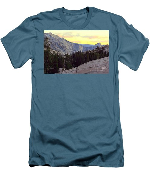 Cloud's Rest And Half Dome Men's T-Shirt (Athletic Fit)