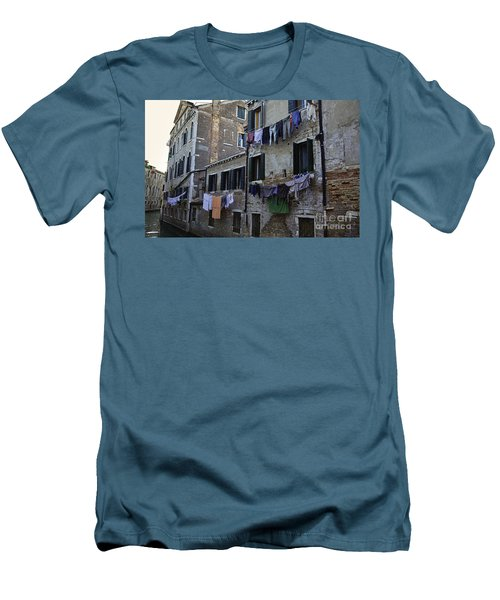 Hanging Out To Dry In Venice Men's T-Shirt (Athletic Fit)