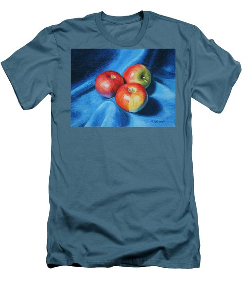 3 Apples Men's T-Shirt (Athletic Fit)