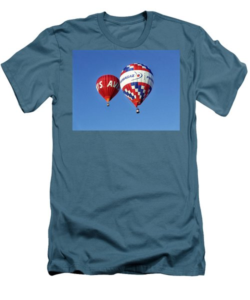 Avis Balloon Men's T-Shirt (Athletic Fit)