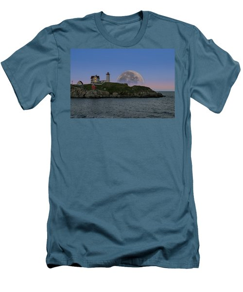 Big Moon Over Nubble Lighthouse Men's T-Shirt (Slim Fit) by Jeff Folger