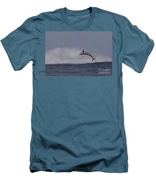 Bottlenose Dolphin Photo Men's T-Shirt (Athletic Fit)