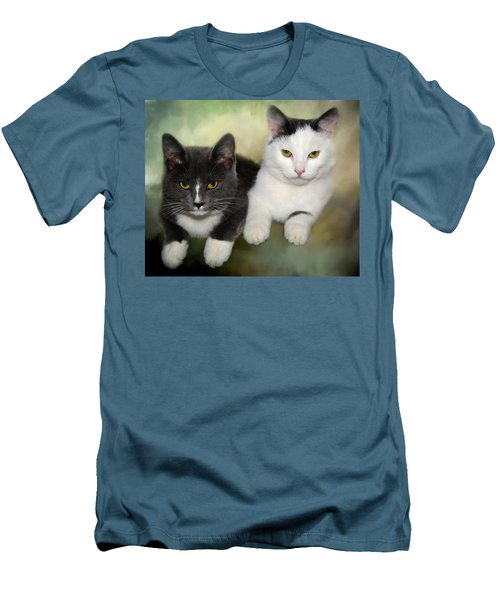 Close Friends Men's T-Shirt (Athletic Fit)
