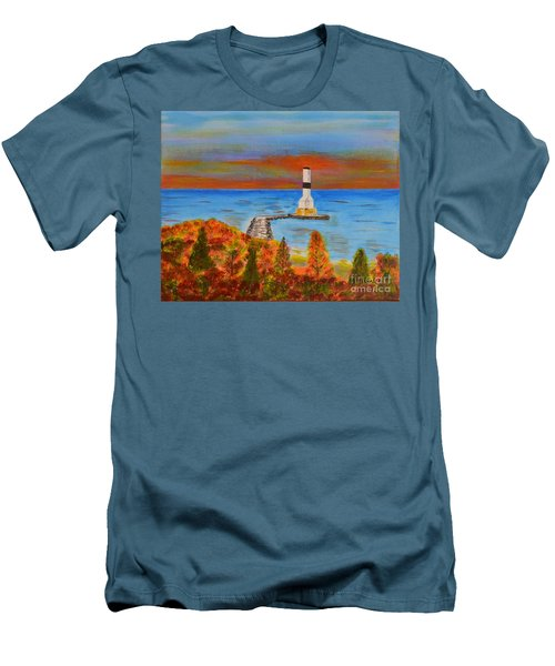 Fall, Conneaut Ohio Light House Men's T-Shirt (Athletic Fit)