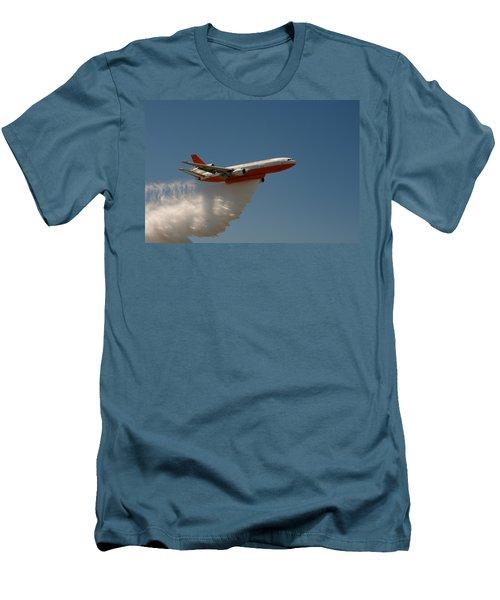 Dc 10 Air Tanker Men's T-Shirt (Athletic Fit)
