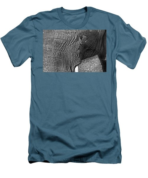 Elephant.. Dont Cry Men's T-Shirt (Athletic Fit)