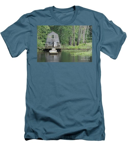 Emerson Boathouse Concord Massachusetts Men's T-Shirt (Slim Fit) by Amy Porter