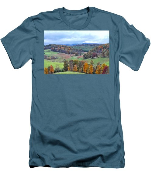 Fall In Virginia Men's T-Shirt (Slim Fit)