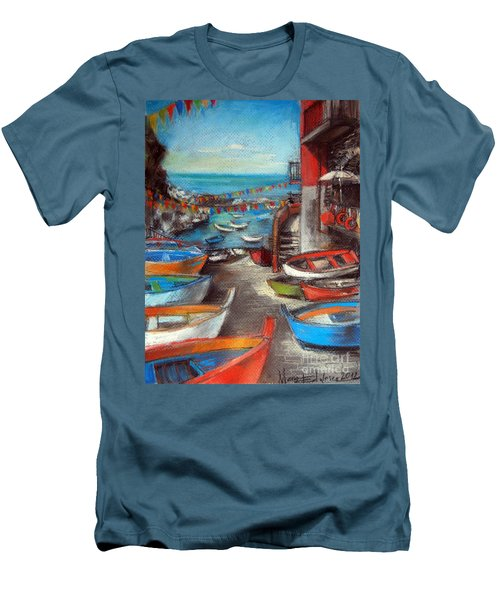 Fishing Boats In Riomaggiore Men's T-Shirt (Slim Fit)