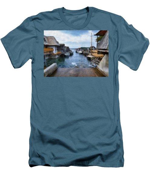Fishtown Leland Michigan Men's T-Shirt (Athletic Fit)