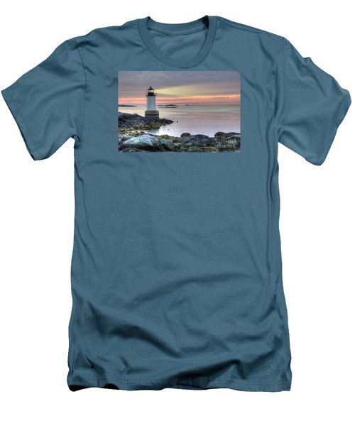 Fort Pickering Lighthouse At Sunrise Men's T-Shirt (Athletic Fit)