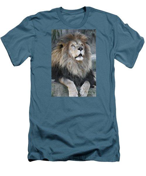 Gazing Men's T-Shirt (Athletic Fit)
