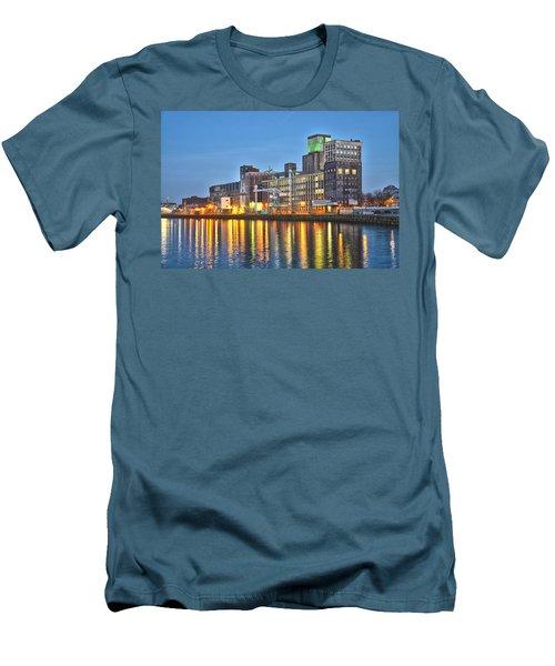 Grain Silo Rotterdam Men's T-Shirt (Slim Fit) by Frans Blok