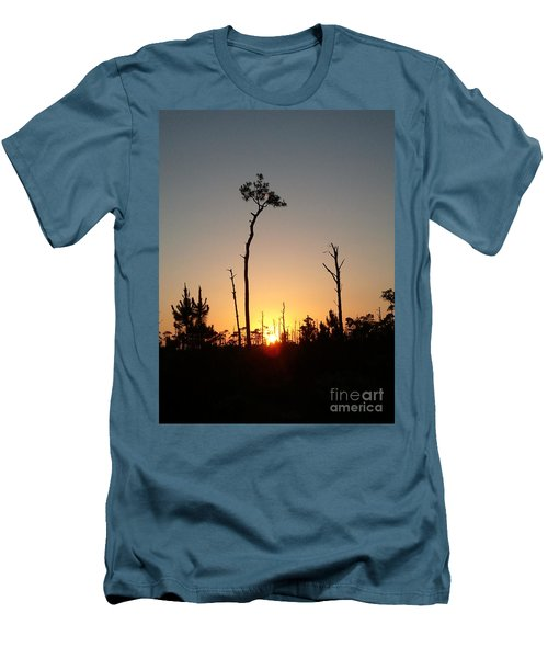 Gulf Shores Sunset Men's T-Shirt (Athletic Fit)