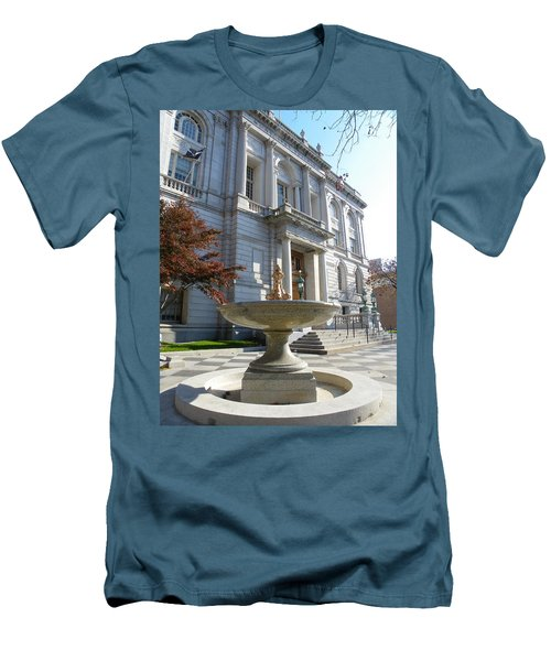 Hartford Historical Building Men's T-Shirt (Athletic Fit)