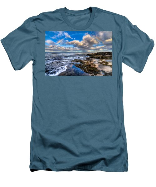 Hawaiian Morning Men's T-Shirt (Athletic Fit)