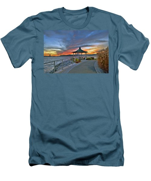 Hudson River Fiery Sky Men's T-Shirt (Athletic Fit)