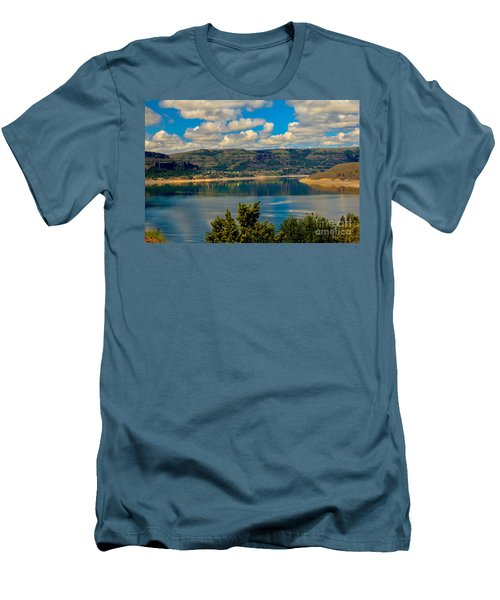 Lake Roosevelt Men's T-Shirt (Athletic Fit)