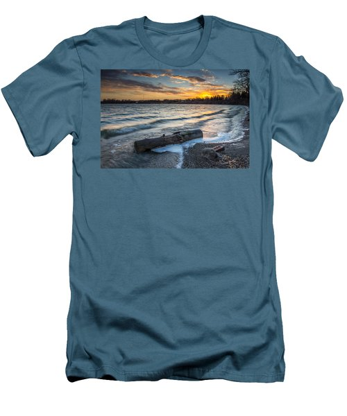Lake Yankton Minnesota Men's T-Shirt (Athletic Fit)