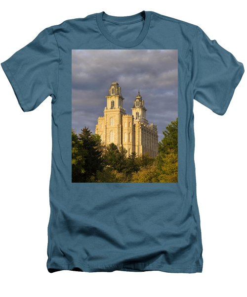 Manti Men's T-Shirt (Slim Fit) by Dustin  LeFevre