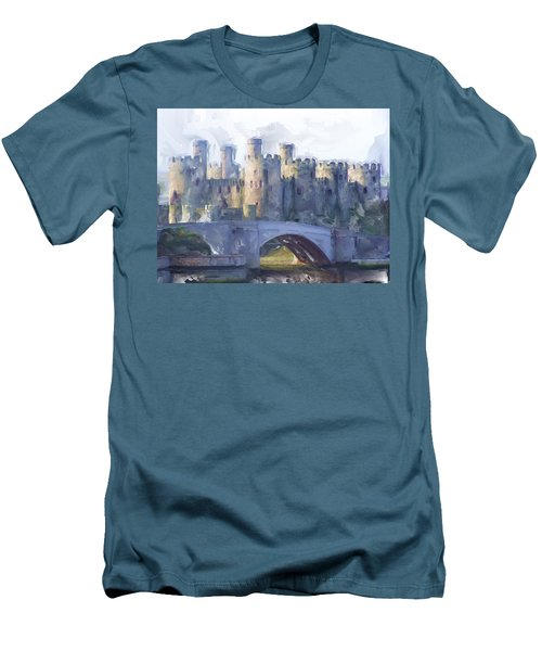 Medieval Conwy Castle.  Men's T-Shirt (Athletic Fit)