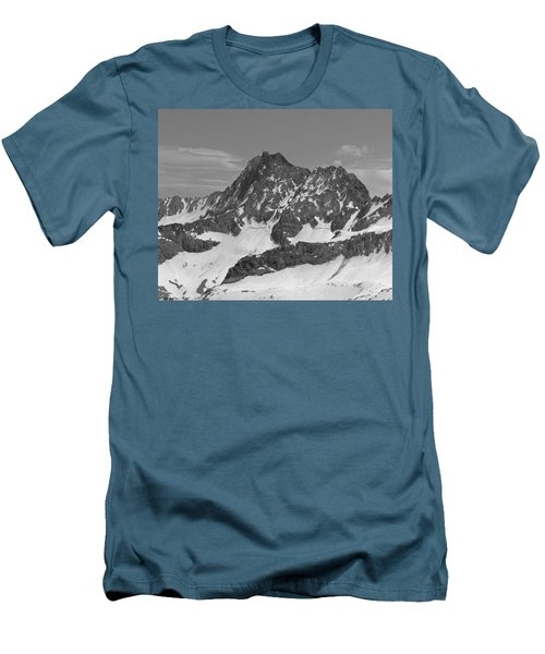 406429-e-middle Palisade Bw Men's T-Shirt (Athletic Fit)