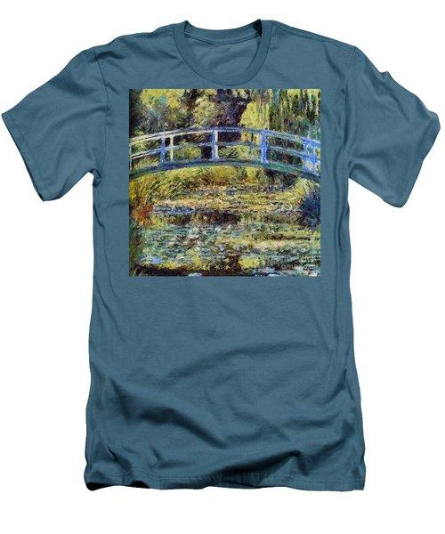 Monet's Bridge Men's T-Shirt (Athletic Fit)