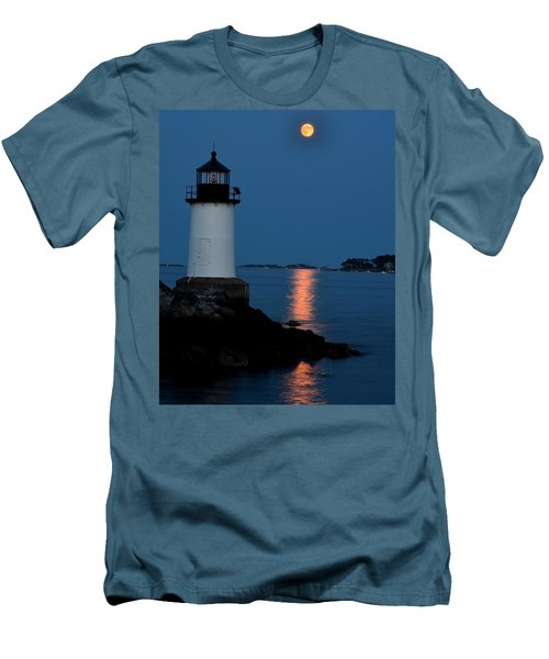 Moon Over Winter Island Salem Ma Men's T-Shirt (Athletic Fit)
