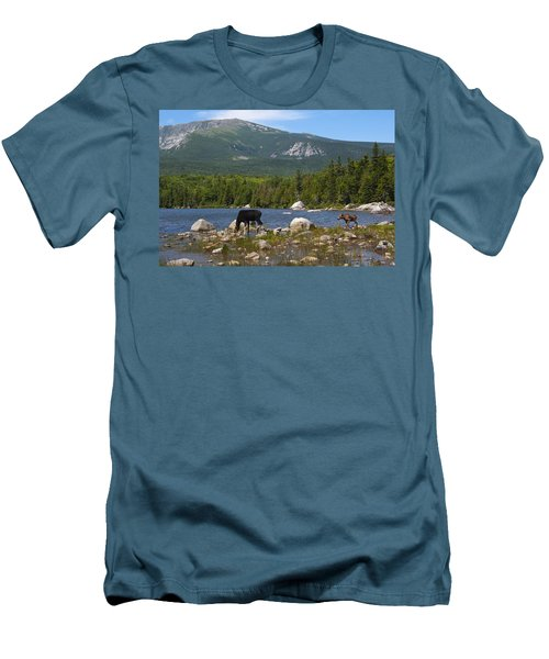 Moose Baxter State Park Maine Men's T-Shirt (Athletic Fit)