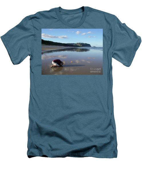 My Friend Photographer Men's T-Shirt (Athletic Fit)