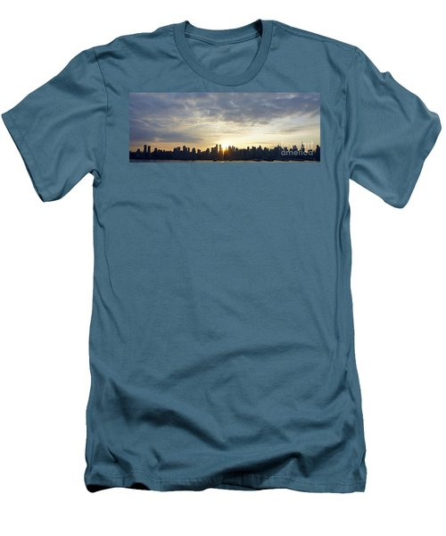 Nyc Sunrise Panorama Men's T-Shirt (Athletic Fit)