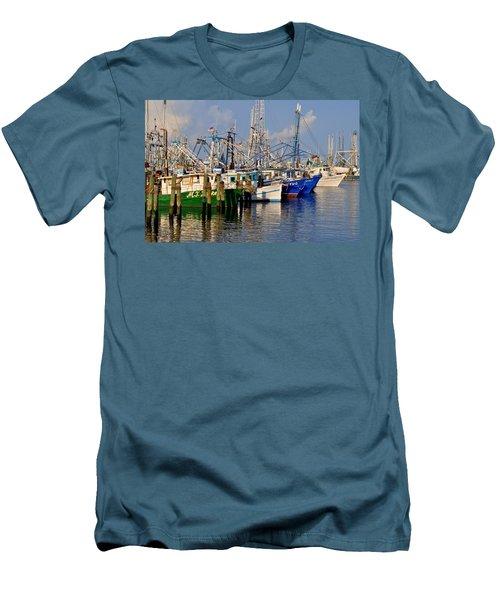 Pass Christian Harbor Men's T-Shirt (Athletic Fit)