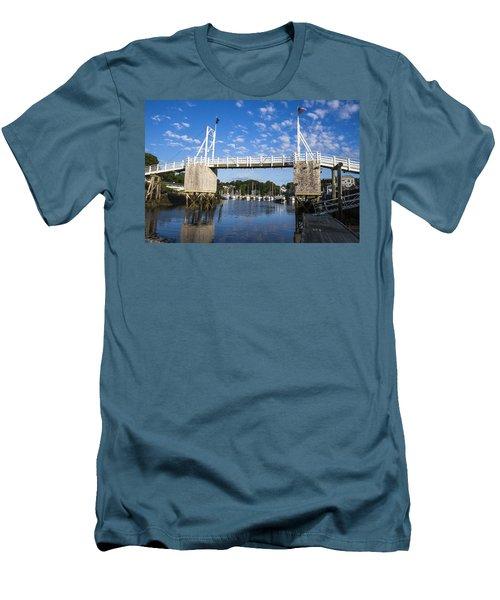 Perkins Cove - Maine Men's T-Shirt (Athletic Fit)