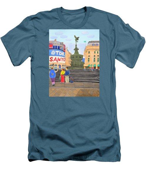London- Piccadilly Circus Men's T-Shirt (Athletic Fit)