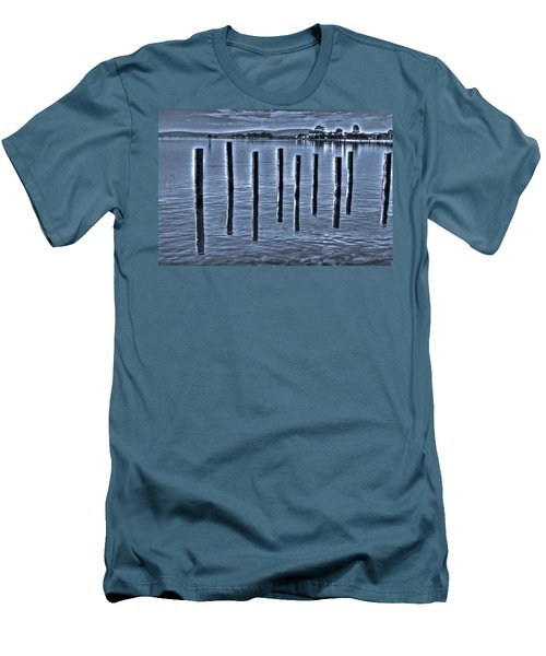 pillars on the Bay Men's T-Shirt (Athletic Fit)