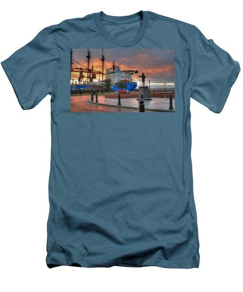 Plaza De Luna Men's T-Shirt (Athletic Fit)