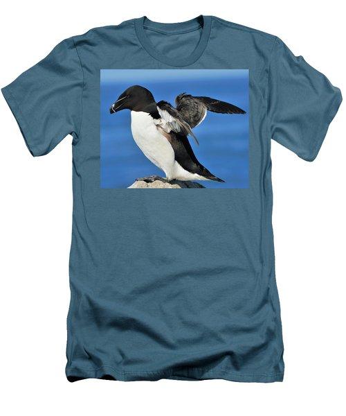 Razorbill Men's T-Shirt (Slim Fit) by Tony Beck