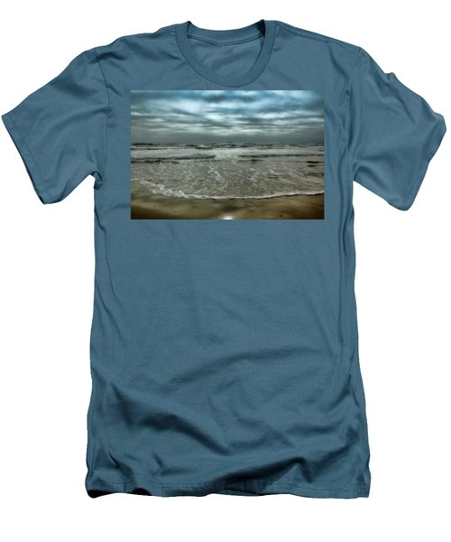 Rough Surf Men's T-Shirt (Athletic Fit)