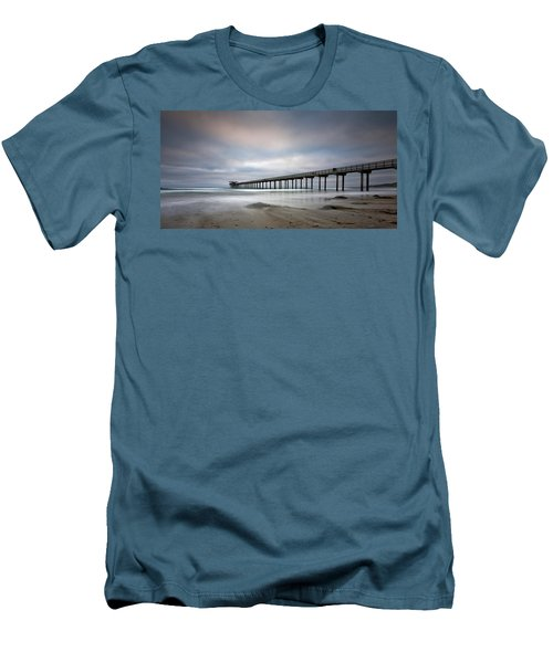 Scripps Pier Wide -lrg Print Men's T-Shirt (Athletic Fit)
