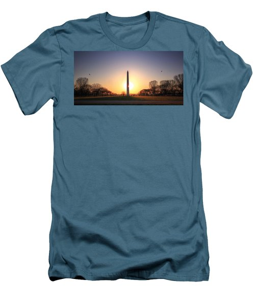 Setting Sun On Washington Monument Men's T-Shirt (Athletic Fit)